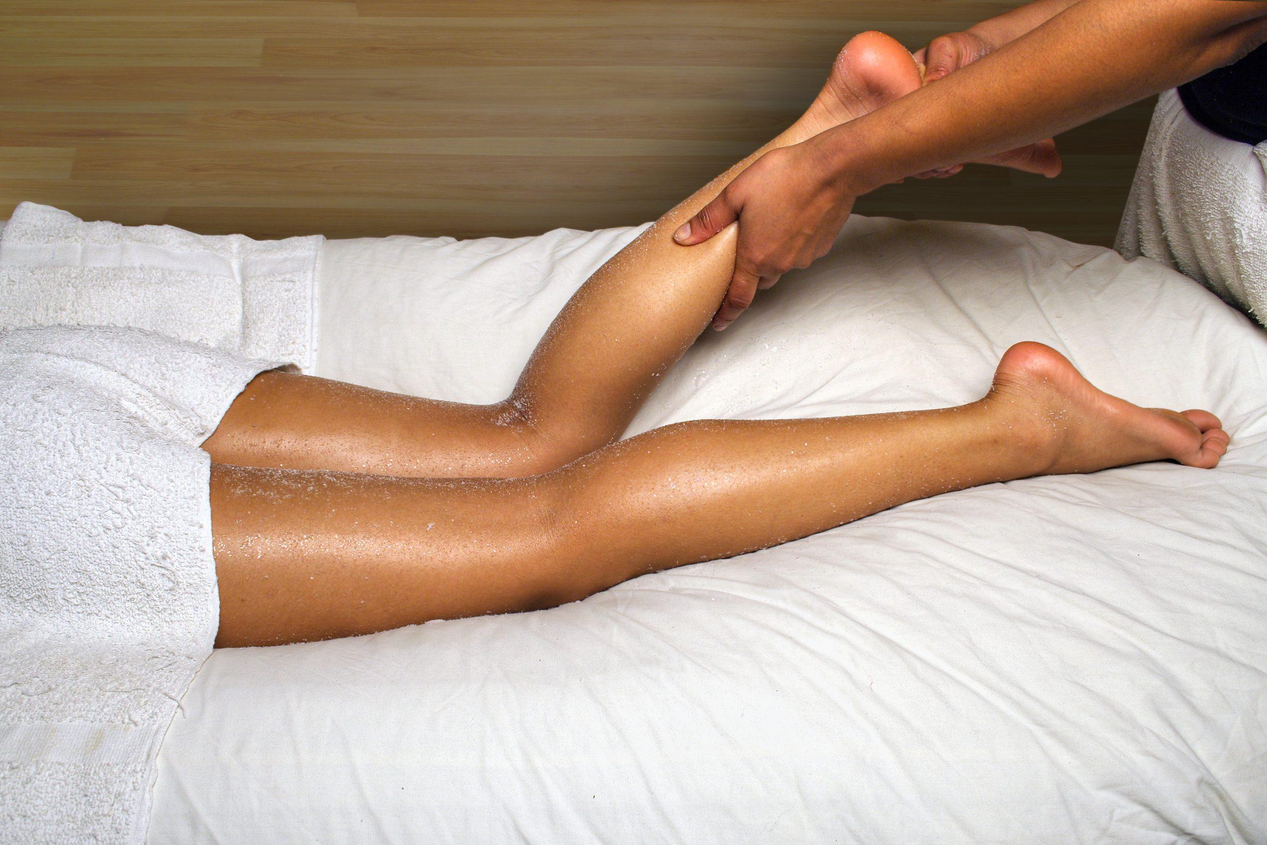 bigstock_Day_Spa_Calf_And_Foot_Massage_1158781
